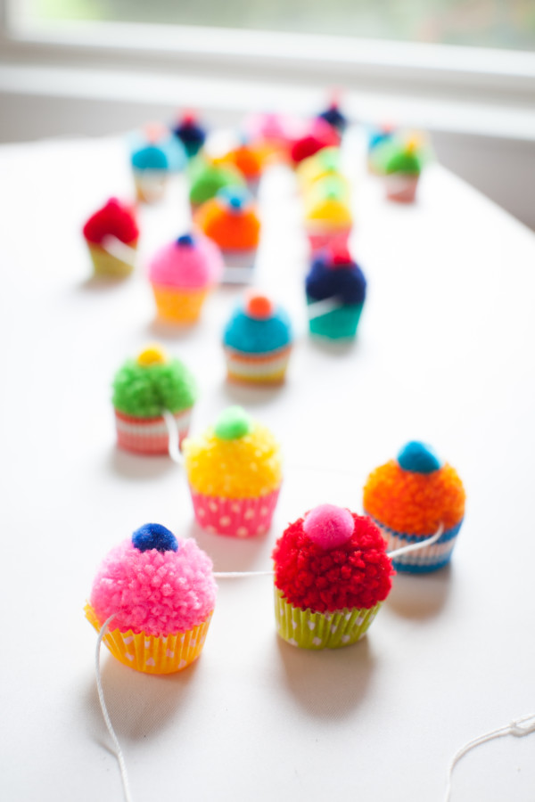 tiny cupcake garland decoration